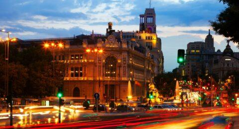 plaza-cibeles-in-dusk-madrid (2)
